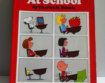 1980's Peanuts comic book, Peanuts at School, Ravette books, Snoopy, Charlie Brown.