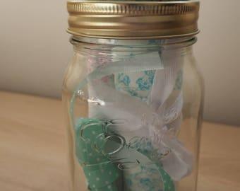 Mason Jar Pin Cushion With Fat Quarters And Accessories / Mason Jar / Mason Jar Gift / Sewing Kit / Pin Cushion / Handmade Gift / Notions