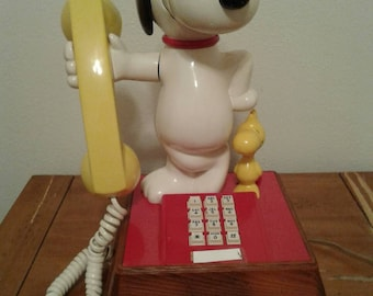 Free Shipping Anywhere!!! Vintage Snoopy And Woodstock Touchtone Telephone