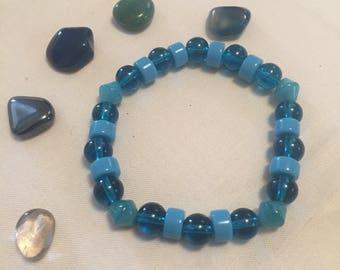 Beachy Blue beaded bracelet