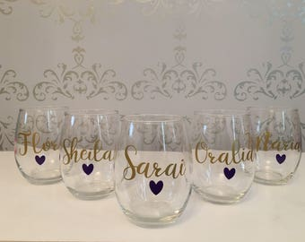Custom wine glass, Personalized stemless wine glass, Bridesmaid gifts, Bachelorette Party, Birthday wine glasses, custom wine glasses