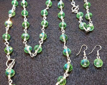 Green beaded chain set