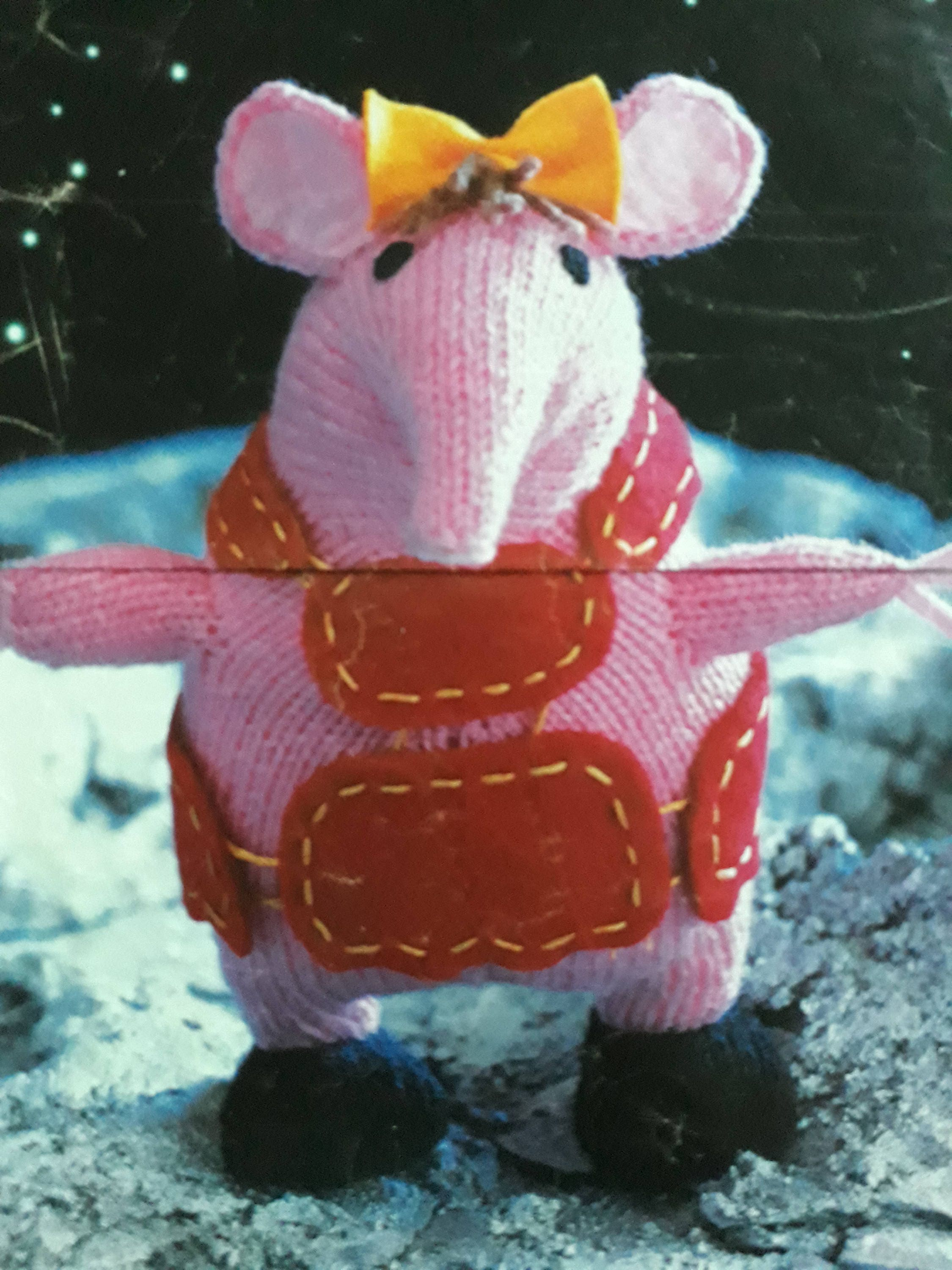 The Clangers Knitted Toy Knitting Pattern, Clangers Toy, Clangers ...