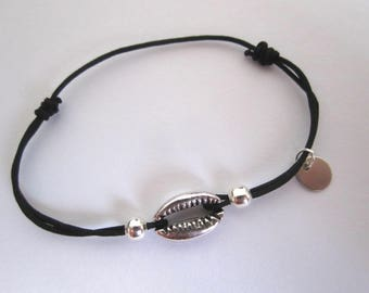 COWRIE SHELL SILVER CORD BRACELET