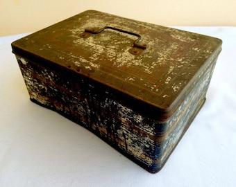 Vintage 1950's Jewelry Tin Box