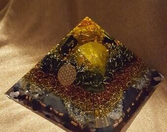 Orgonite ® Pyramid, unique, VITAWunder Cheops pyramid