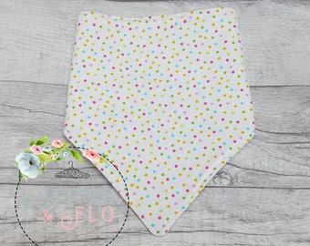 Spotty dribble bib, Bandana Bib, Baby gift, Baby Shower, Baby, Teething bib, Spotty, Handmade