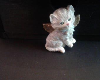 Vintage Resin Angel Kitty Pin