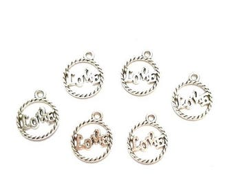 """20 antique silver round pendants engraved character engraved words """"LOVE"""""""