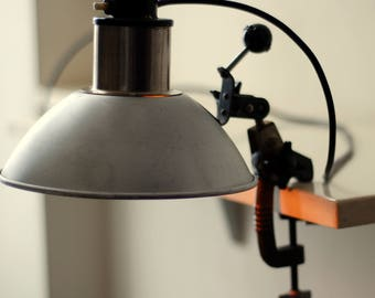 Vintage Flood Light| Photo Spotlight | Photo Lamp | Functional Clip-on Lamp | Desk Lamp | Reflector Lighting | Aluminium Industrial Lamp