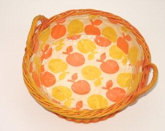 Vintage 70s bread basket