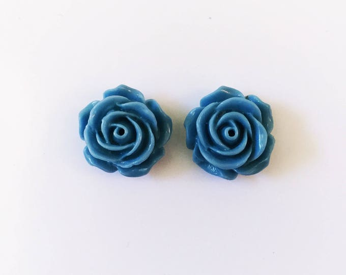 The 'Lacey' Flower Earring Studs