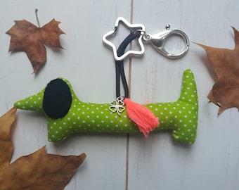 Gofio  dachshund goodluck keychain
