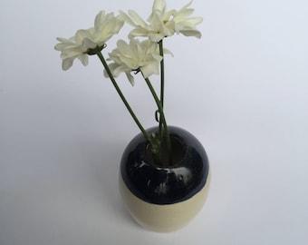 Small round stoneware vase (cone 6)