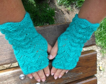 Openwork knit, Emerald color mittens