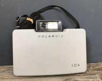 Polaroid 104