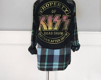 Kiss Concert Flannel Tee Kiss  band t shirt on plaid flannel shirt men's medium flannel retro