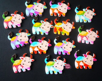 6 beautiful cows buttons 2 holes wood cows 3,4 painted wooden buttons.