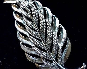 Simple and Beautiful Vintage Monet Silver tone Leaf Pin with texture