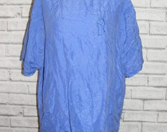 Size 18 vintage 80s s/slv embroidered button back blouse blue silk (HY34)