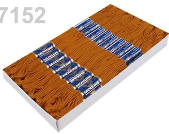 24 Docking Embroidery/Stick twist #7152 Copper