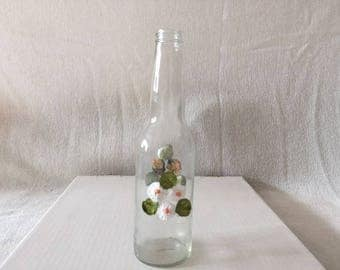 Vase with White and Green Pattern Flower Design