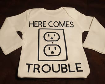 Here Comes Trouble (ANOTHER BUMBLEBEE ORIGINAL), Super Cute Onesie - Makes A Great Shower Gift!