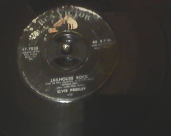 Jailhouse Rock, Treat Me Right Elvis Presley 45 rpm 47-7035, RCA 1957 with  King of Rock