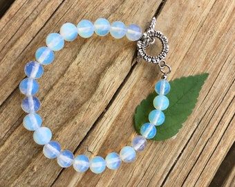 Opalite Bracelet,Iridescent Opalite Bracelet, White Opalite Bracelet, White Bracelet Gift for Her, Boho Opalite Bracelet