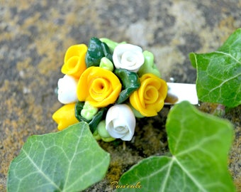 Accessory of hairstyle, pin bouquet of the white and yellow roses