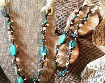 Linen handmade necklace with vintage lace