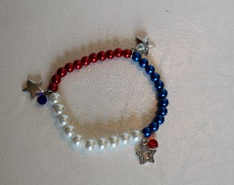 Patriotic Beaded Stretch Bracelet in red, white and Blue with Charms