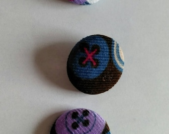 3 velvet buttons ribbed pattern buttons 27mm handmade and unique!