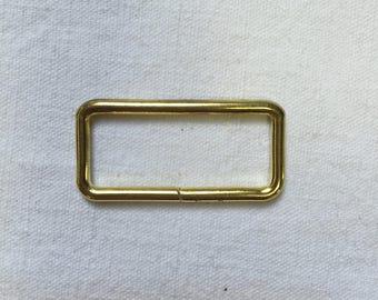 2 loops. 30mm. Metal gold