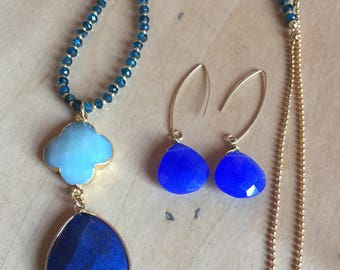 Necklace with semi-precious stones Blue