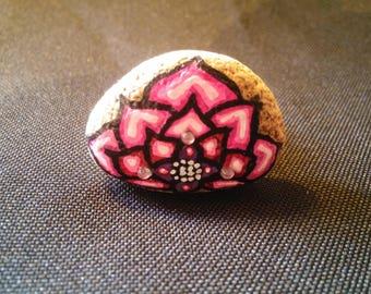 Pebble ring painted pink lotus flower and rhinestone