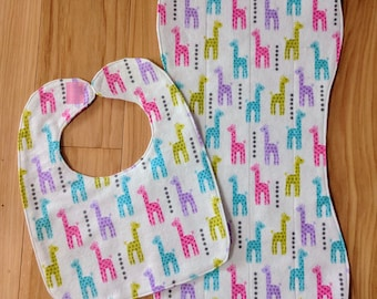 Burp cloth, Baby bib, Baby burp cloth, Baby shower gift, Flannel bib, Giraffe print, Matching set for baby