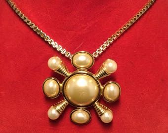 KENNETH LANE Pin/pendant with Faux Pearls