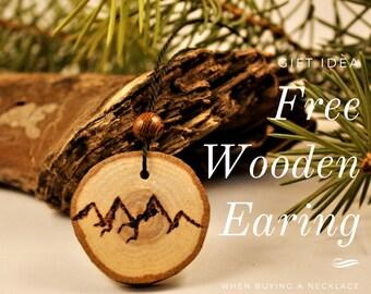 Wood pendant / / mountain