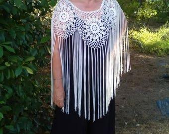 Ivory crochet Poncho. Circular crochet shawl. Flamenco fashion. Valentine's Day gift. Gift, ma'am. Party. Elegant.