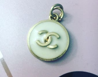 Chanel Hanging Pulling Tag or Charm 25 MM