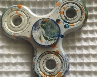 Hydro dipped fidget spinner toy