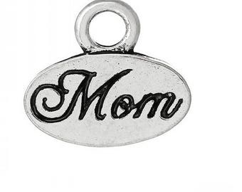oval charm engraved Mom MOM Silver (D17)