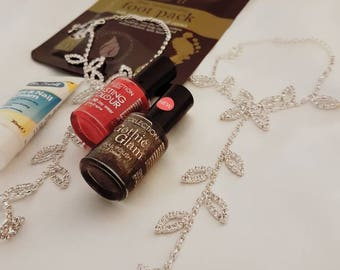 Glamour puss barefoot sandals gift set
