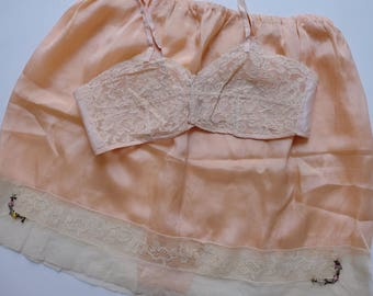 1920s Lingerie/ Bralette and Tap Pants Set / XS S