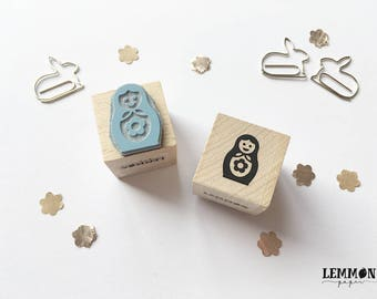 Stamp matryoshka doll with flower / / cubes