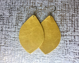 Mustard yellow Leather earrings