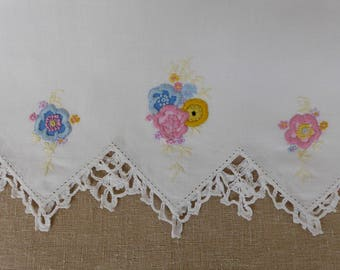"Vintage Embroidered Pillowcase 30"" x 21"""