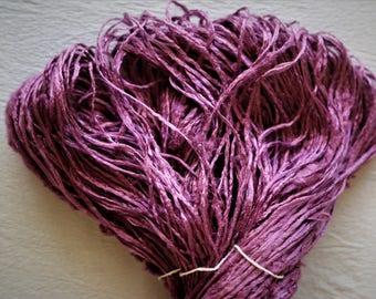 3500 Irregular Yarn - Color:Beringela - 95g