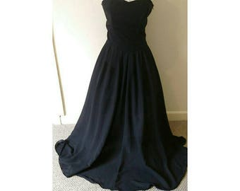 Vintage pin up 1970s does 1950s evening dress must see!